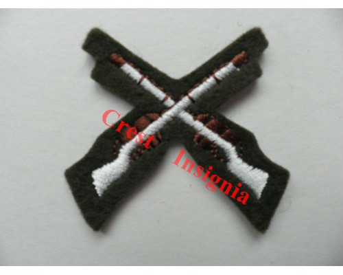 1204c Skill at Arms / Marksman qualification badge. Colour.