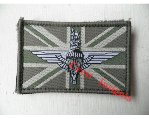 1513 Para Cap Badge/Union Jack morale patch.