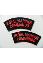 1106c. R.M. Commando, shoulder titles, Colour [pair].